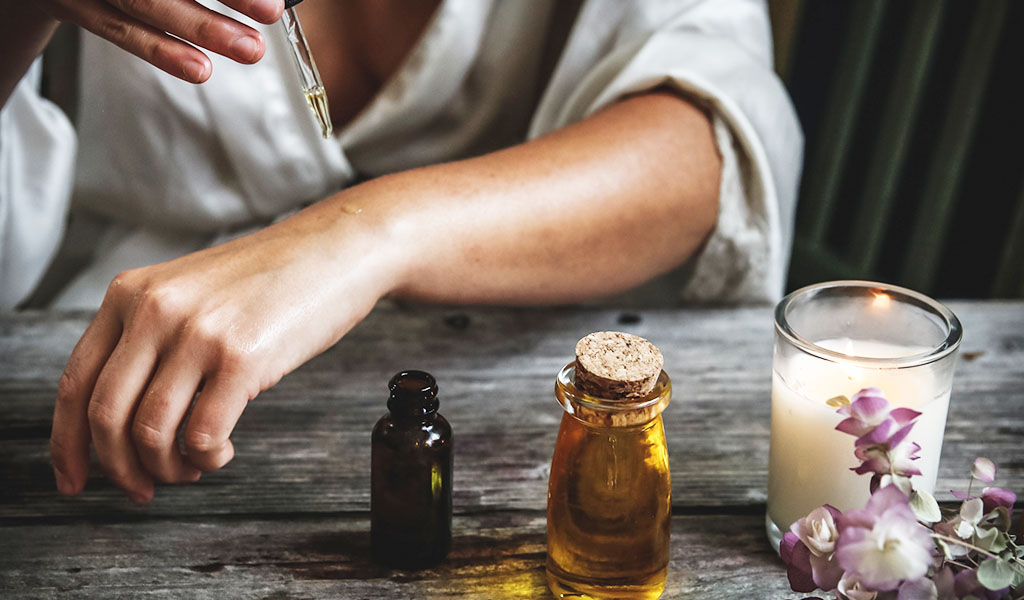 Vitamin E oil on skin