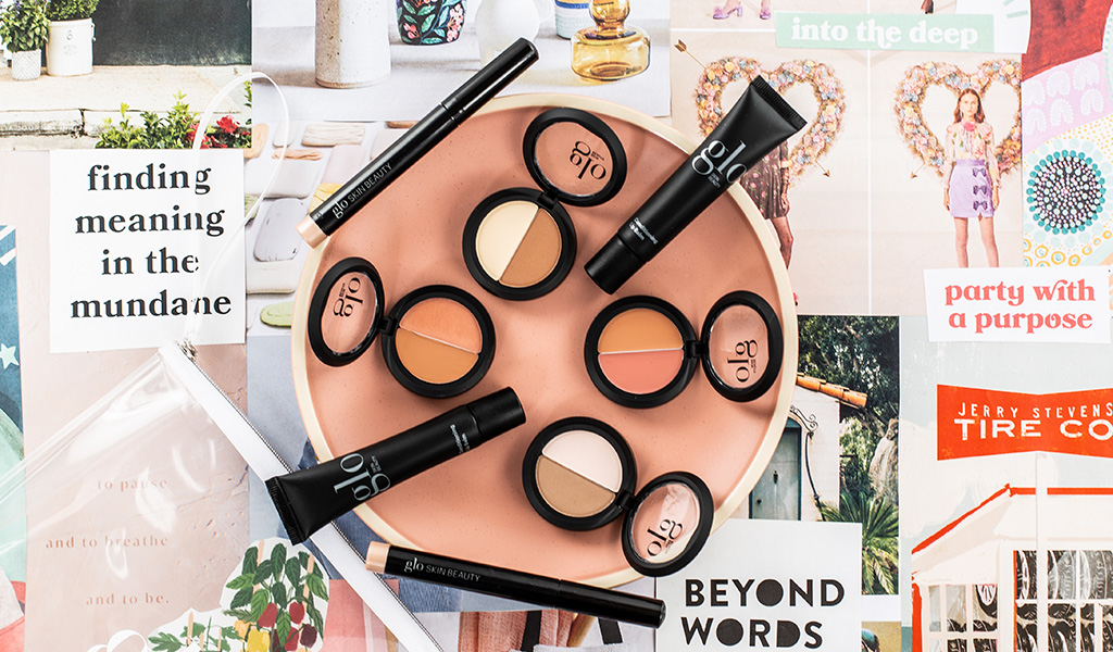 In the Nudes Mineral Makeup Kits